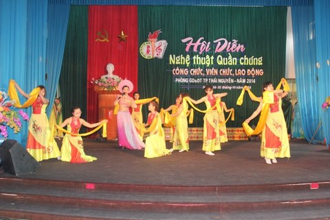 "<a href=""/tin-tuc-su-kien.html"" title=""Tin tức - Sự kiện"" rel=""dofollow"">Tin Slideshow</a>"